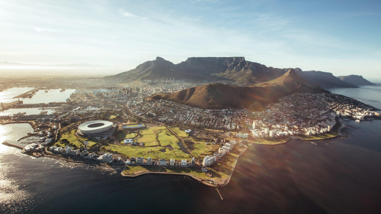 Översiktsvy av Kapstaden en solig dag
